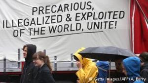 Precarious unite