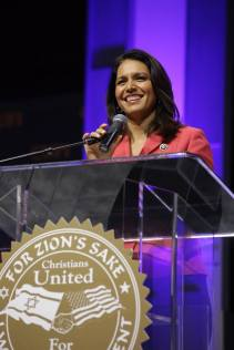 Tulsi Gabbard speaking at the 2015 conference of Christians United for Israel